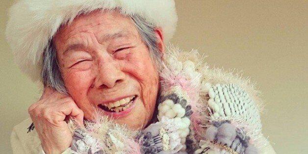 Μια 93χρονη γιαγιά από την Ιαπωνία έχει κλέψει την καρδιά του