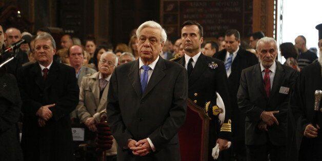 Παυλόπουλος: Το φως της Χριστιανοσύνης να διαλύσει το σκοτάδι της