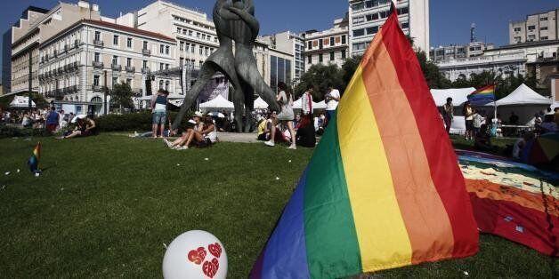 Πάνω από 100 περιστατικά ομοφοβικών επιθέσεων κατεγράφησαν από την ΜKO Colour