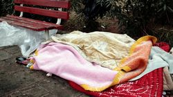 Room 39, η συλλογικότητα στη Θεσσαλονίκη που μοιράζει με ποδήλατα φαγητό σε άστεγους της