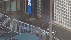 Νεκρός από πυρά αστυνομικών άνδρας που προσπάθησε να εισβάλει με μαχαίρι σε αστυνομικό τμήμα στο
