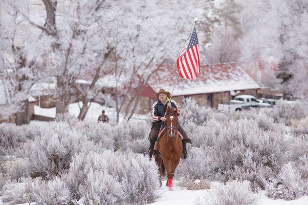 Η ανταρσία στο Όρεγκον που θυμίζει Άγρια Δύση. Πάνοπλοι τυχοδιώκτες, cowboys και ranchers κατά του κράτους...