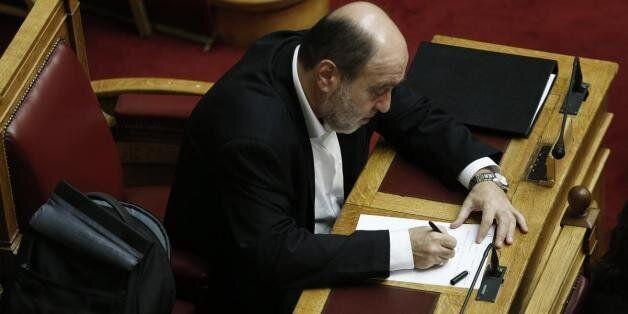 Αλεξιάδης: Αλλαγές στο φορολογικό μέσα στο 2016. Θα γίνουν όταν βρεθούν