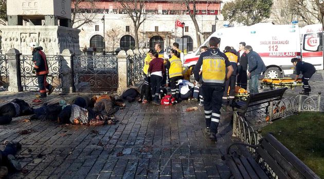 Ισχυρή έκρηξη σε τουριστική περιοχή στην Κωνσταντινούπολη. Νεκροί και