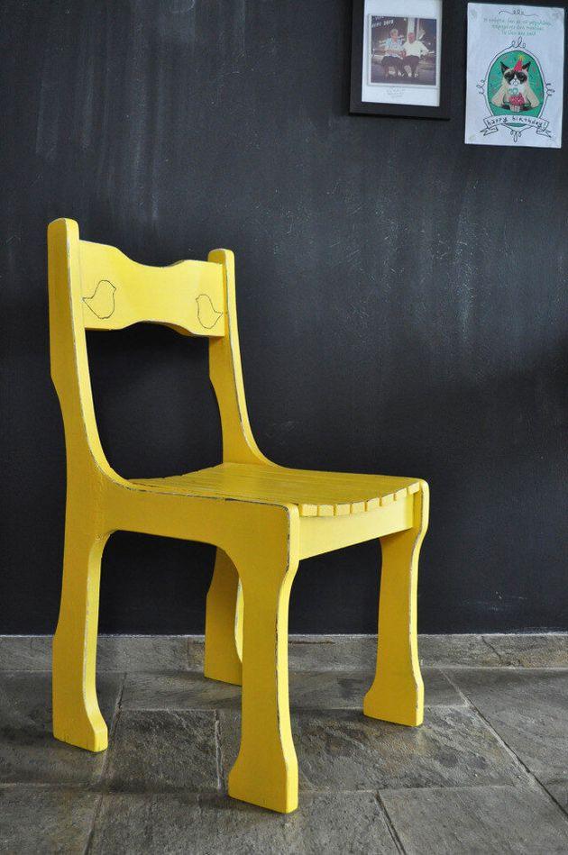 Ξαναφτιάχνοντας μια παλιά καρέκλα από την