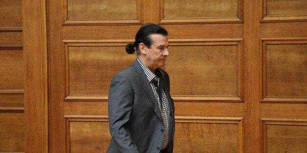 Τάσος Κουράκης: Εγώ και άλλοι από τον ΣΥΡΙΖΑ βάλαμε το ζήτημα της τεκνοθεσίας από τα ομόφυλα