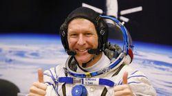 «Χαίρεται, πλανήτης Γη εκεί;». Αστροναύτης καλεί λάθος νούμερο και ζητεί