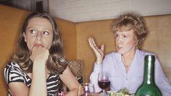 Πώς να ξεφύγετε από τις άβολες ερωτήσεις στο οικογενειακό