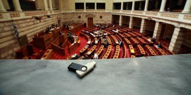 Η νέα λίστα Φαλτσιανί στα χέρια της κυβέρνησης - Επόμενο βήμα του Μαξίμου η νομιμοποίηση της λίστας με...