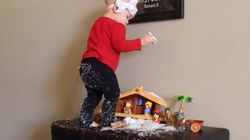 Όταν κάνεις Χριστούγεννα με ένα μωρό στην οικογένεια τα πράγματα δεν είναι τόσο ρόδινα όσο