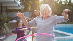 «Αυτό δεν είναι για την ηλικία σου»: 8 φράσεις που δεν πρέπει να πείτε σε οποιονδήποτε άνω των 50