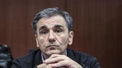 Οι τρεις υποψήφιοι για τη θέση του επικεφαλής της ΓΓΔΕ: Ο Τσακαλώτος την τελική