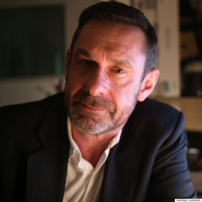Ο Πολ Μέισον στη HuffPost Greece για το #ThisIsACoup: Θέλαμε να πούμε όλη την ιστορία για ένα ιστορικό...