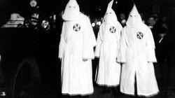 Αποβλήθηκαν σπουδαστές που πόζαραν με στολές που έμοιαζαν με της Κου Κλουξ