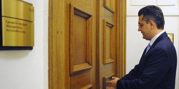 Επικοινωνία Τζιτζικώστα με Πλακιωτάκη για συνάντηση των τεσσάρων