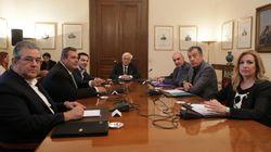 Συμβούλιο πολιτικών αρχηγών ζητά από τον Πρόεδρο της Δημοκρατίας ο Τσίπρας με φόντο το