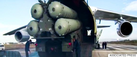 H ρωσική αεράμυνα στη Συρία: Ποιες είναι οι δυνατότητες των πυραύλων