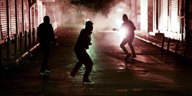 Μέτρα για «πόλεμο» από ταράτσες των Εξαρχείων παίρνει η ΕΛ.ΑΣ. ενόψει «Μαύρου
