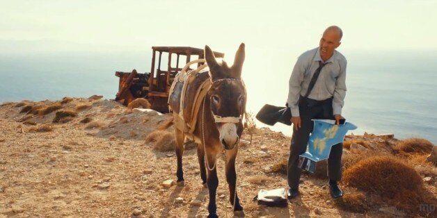Highway to Hellas: Ένας Γερμανός τραπεζίτης πάει στην Τήνο για δουλειά και καταλήγει «ερωτευμένος» με...