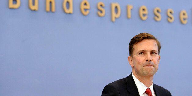 Der neue Regierungssprecher Steffen Seibert, aufgenommen am Montag, 16. August 2010, in Berlin in der...