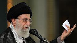 Οι ΗΠΑ χρησιμοποιούν το σεξ και τα χρήματα για να διαφθείρουν την ελίτ στο Ιράν, ισχυρίζεται ο ηγέτης του