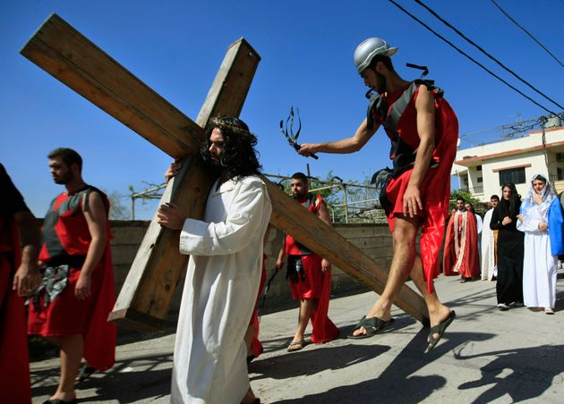 Παρασκευή και 13 και γρουσουζιά: Η σταύρωση του Χριστού, η εξολόθρευση των Ναΐτών και άλλες