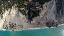 «Εξαφανίστηκε» η παραλία των Εγκρεμνών μετά τον σεισμό στη