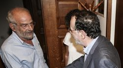 Αλαβάνος: Η κυβέρνηση πρέπει να φύγει «με πίσσα και