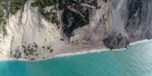 Οι σεισμός μετακίνησε τη Λευκάδα κατά 36