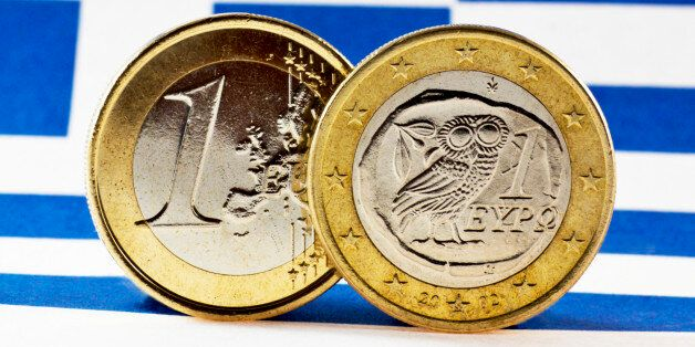 Greek 1 Euro coins, Flag of