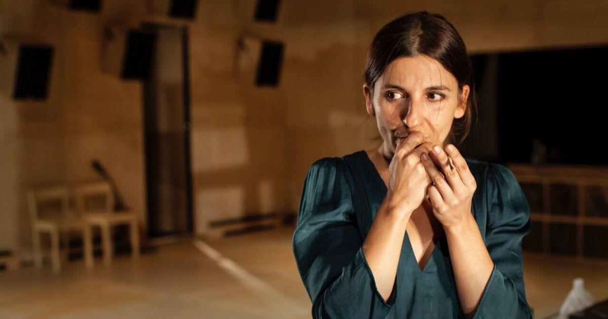 'Las canciones', una obra para escucharla, bailarla y vivirla en el teatro