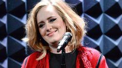 Η Adele δίνει την καλύτερη απάντηση για τα κιλά της (αλλά και για τα κιλά όλων
