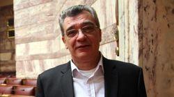 Ο δήμαρχος Λέσβου πέταξε πουκάμισο και γραβάτα, άφησε Σουλτς και Τσίπρα και ετοιμάστηκε να βουτήξει για να σώσει