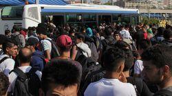 Περισσότεροι από 4.000 πρόσφυγες αποβιβάστηκαν στο λιμάνι του