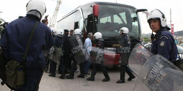 Ξύλο και τραυματίες μεταξύ Σέρβων και Κροατών χούλιγκαν στο «Ελευθέριος