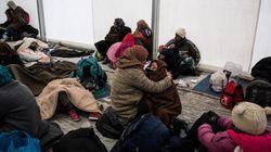 Περί τα 10.000 άτομα «εγκλωβισμένα» στην Ειδομένη ενώ πρόσφυγες καταφθάνουν κατά χιλιάδες στον