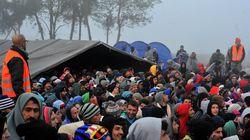 «Ύποπτες» πυρκαγιές σε κέντρα φιλοξενείας προσφύγων στην