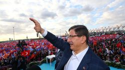 Νύφες έταξε στους ψηφοφόρους του ο Αχμέτ