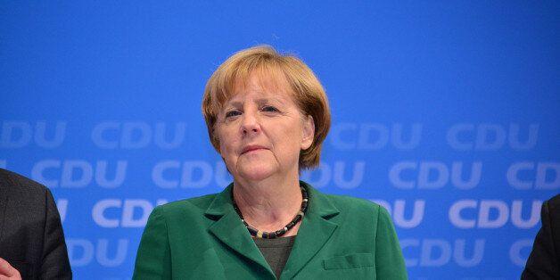 Αντιμέτωπη με την κοινοβουλευτική της ομάδα η Μέρκελ. Βουλευτές προτείνουν την ανέγερση τείχους στα σύνορα...