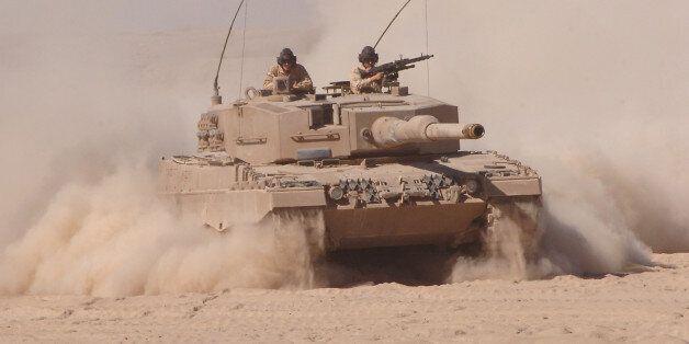 «Σκανδαλώδεις» εξαγωγές γερμανικών όπλων στο Κατάρ, που έχει εμπλακεί στον εμφύλιο της