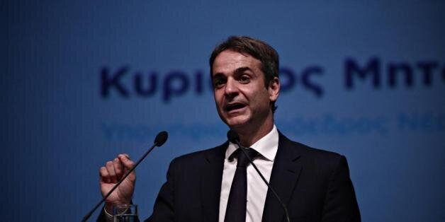 Ο Μητσοτάκης τάσσεται υπέρ μιας δημόσιας συζήτησης μεταξύ των τεσσάρων υποψηφίων αρχηγών της