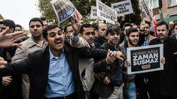 Οργή στην Τουρκία καθώς η αστυνομία εισέβαλε σε δύο τηλεοπτικά δίκτυα που πρόσκεινται στην