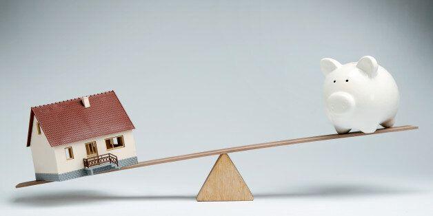 Τι ισχύει για τα «κόκκινα» δάνεια και τους πλειστηριασμούς πρώτης κατοικίας - Διευκρινίσεις από την