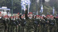 Δείτε LIVE τη μεγάλη στρατιωτική παρέλαση στη