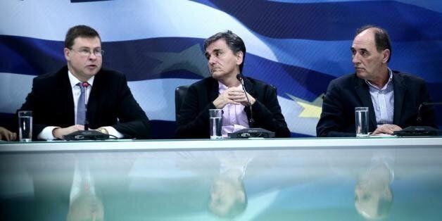 Συνάντηση Ντομπρόβσκις με οικονομικό επιτελείο.Αναζητείται έντιμος συμβιβασμός Αθήνας-δανειστών για τα...