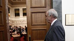 Μεϊμαράκης κατά κυβέρνησης: Είναι όμηρος σε ιδεοληψίες και δεν παίρνει τις πρέπουσες