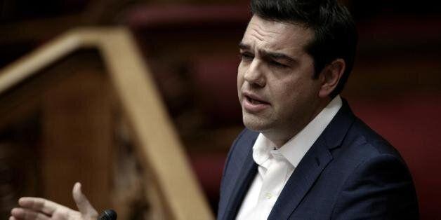 Ο γερμανικός Τύπος για την ψήφο εμπιστοσύνης σε Τσίπρα: Θέλει να σφίξει τα
