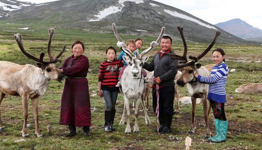 Τσατάν: Φωτογραφίζοντας μια νομαδική φυλή που συνεχίζει να ζει στα βάθη της Μογγολίας όπως ζούσε 1000 χρόνια