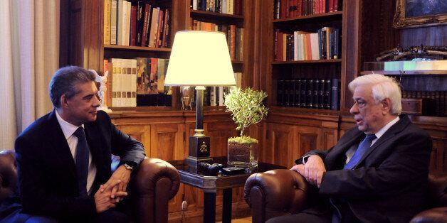 Συνάντηση Παυλόπουλου με Αγοραστό για το προσφυγικό με αναφορές και στην αξιοποίηση του