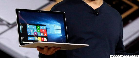 Surface Book, Surface Pro 4, Lumia 550 και 950: «Παρθενικό» laptop, με συνοδεία νέων κινητών και tablet...